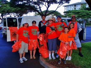 12-16-12 Adopt-A-Hwy Cleanup crew with Tiny Bubbles Scuba, Maui