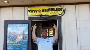 Tiny Bubbles Scuba is back at the Ka'anapali Beach Club ...and Loving it !!