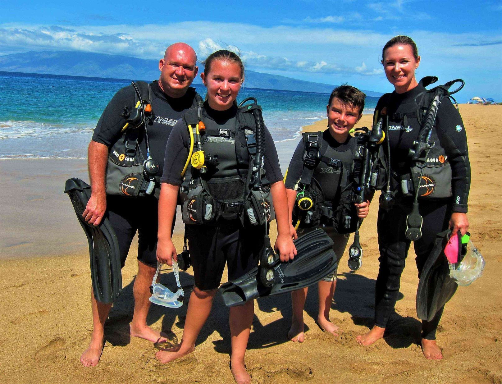 Family of Divers at Airport Beach with Tiny Bubbles Scuba