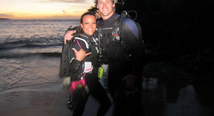Night Dive@Makena Landing